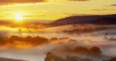 wallpapersxl-light-sky-nature-tree-mountain-usa-summer-europe-cloud-380760-2560x1440